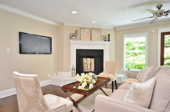 Staging by MHM Professional Staging, LLC | ProfessionalStaging.com #livingroom