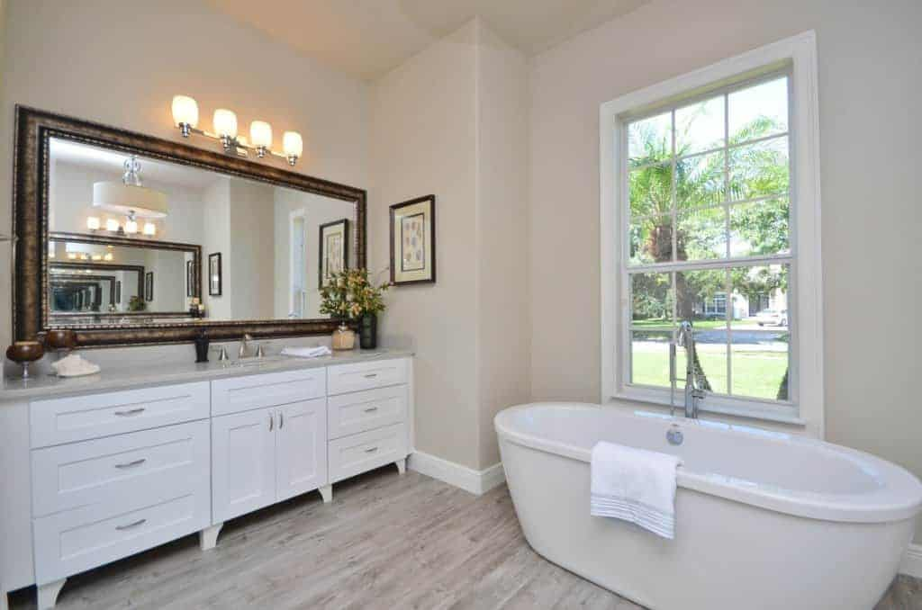 Master-Bathroom-After-2-1024x678