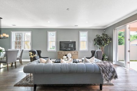 Living room with traditional home staging