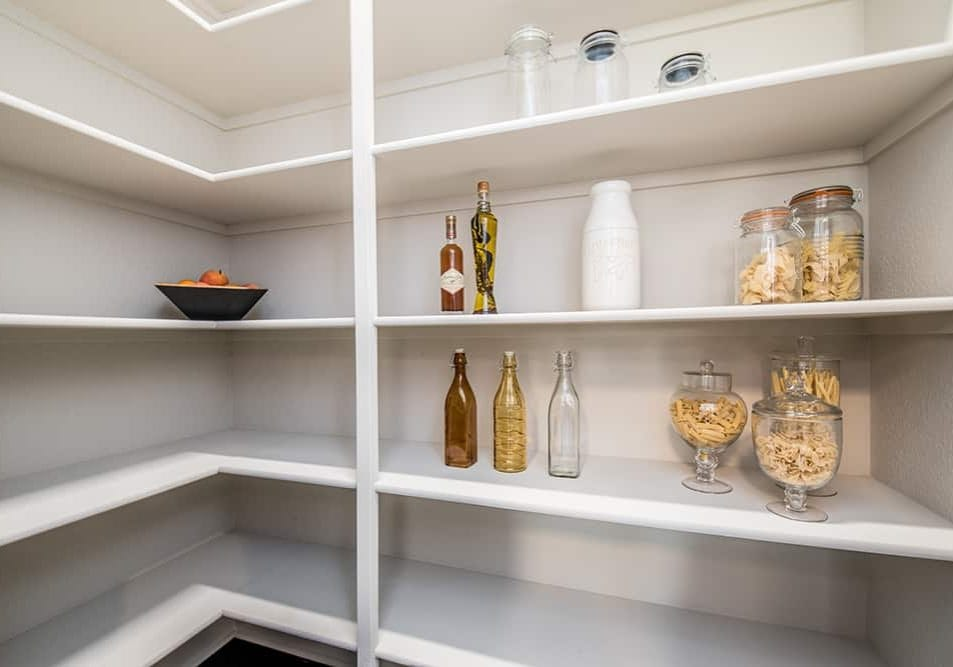 Kitchen Pantry Staging Tips & Tips for Staging a Kitchen Pantry Buyers Will Love - Professional ...