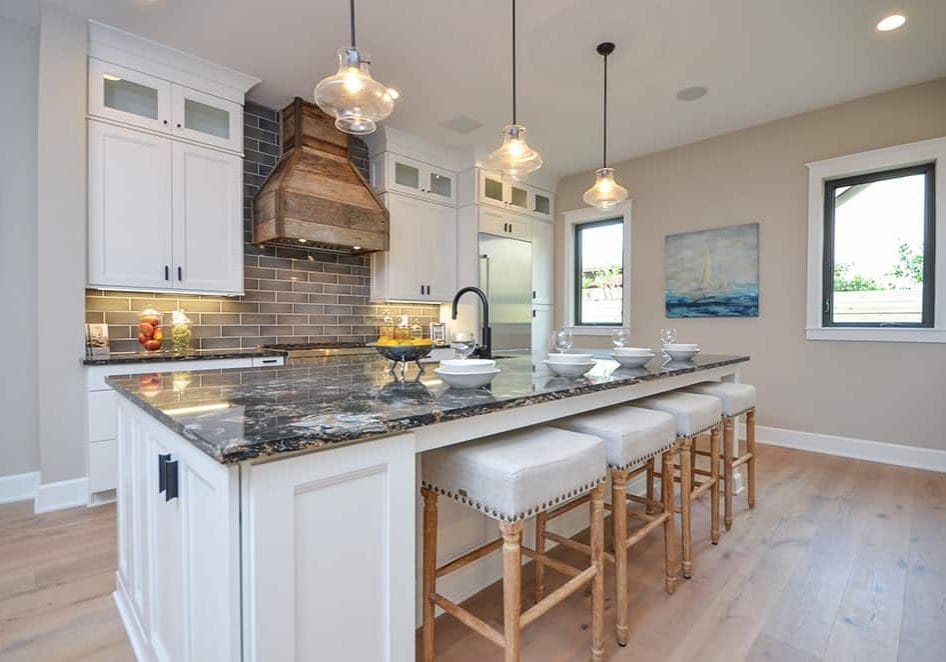 painting kitchen cabinets blog 5 reasons to paint your kitchen cabinets white 24449